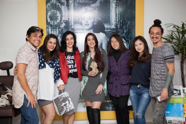 As lindezas que participaram do Spa Hair Mayra, Jo Nascimento, eu, Mãe da Ju e Juliana Mayumi. Nas pontas os profissionais incríveis Ton e Rick.