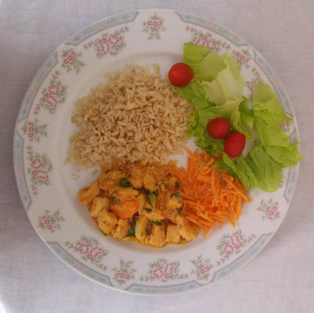 O arroz e o strogonoff fazem parte da marmita do Bistrot Fitness.